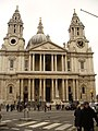 London - St.Paul's Cathedral from St.Paul's Church Yard - panoramio.jpg