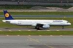 Lufthansa, D-AIRD, Airbus A321-131 (35633211286).jpg