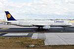 Lufthansa, D-AISI, Airbus A321-231 (16430944586) (2).jpg