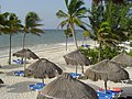 MÉXICO - RIVIERA MAYA - Praia do hotel H10 Ocean Maya - panoramio.jpg