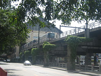 Manila Metro Rail Transit System - A northbound MRT-3 train leaving Shaw Boulevard station
