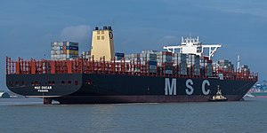 MSC Oscar - Image: MSC Oscar arriving at Felixstowe on it's Maiden voygage