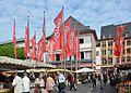 Mainz Marktplatz Flaggen 02.jpg