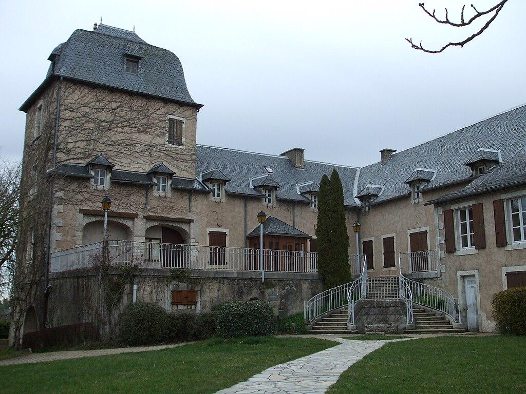 Mairie de Sébazac-Concourès.jpg