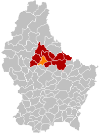 Map of Luxembourg with Ettelbruck highlighted in orange, the district in dark grey, and the canton in dark red