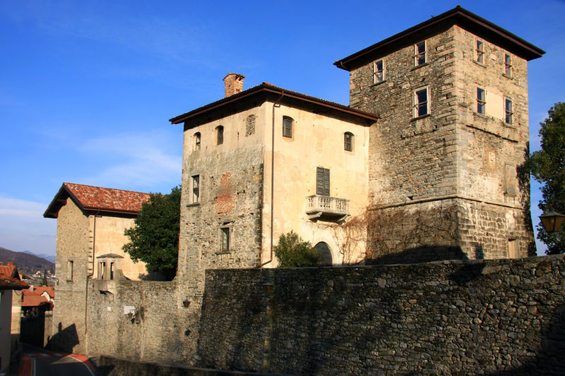 Massino Visconti - castle