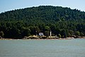 Mayne Island lighthouse.jpg