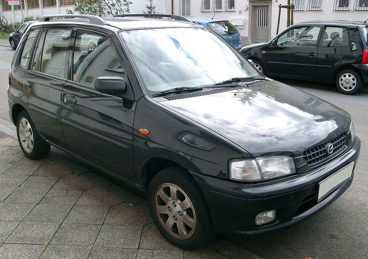 https://upload.wikimedia.org/wikipedia/commons/thumb/e/e8/Mazda_Demio_front_20070926.jpg/1200px-Mazda_Demio_front_20070926.jpg