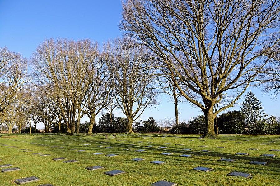 Menen (Belgium): German WW1 cemetery