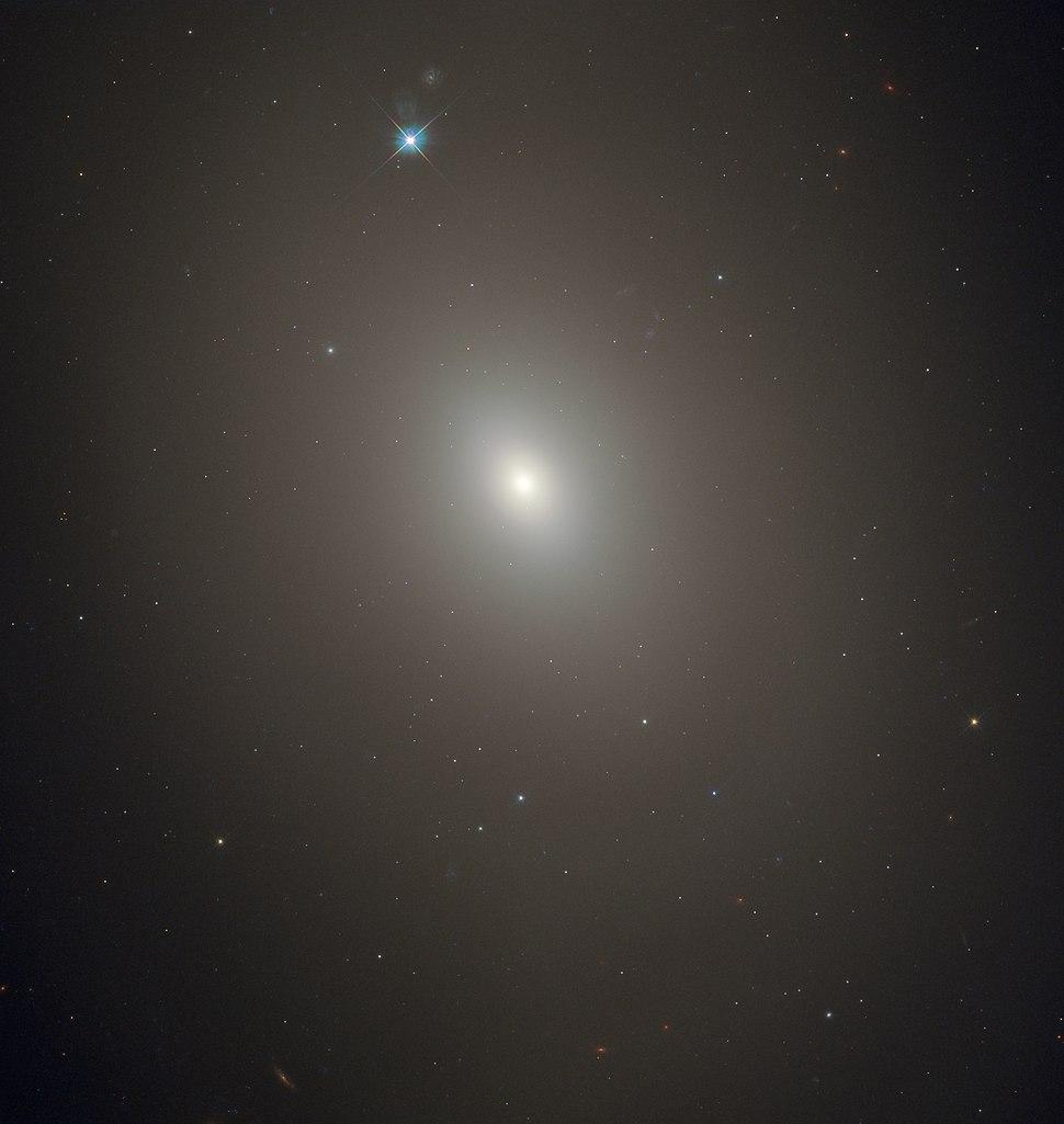 Messier85 - HST - Potw1905a