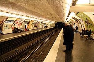 Hôtel de Ville (Paris Métro) - Image: Metro Paris ligne 11 Hotel de Ville