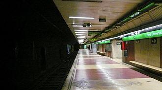 Zona Universitària station - Barcelona Metro line 3 station platforms.