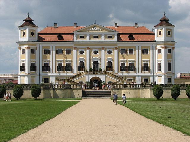 Hrady v Českej republike - zámok Milotice