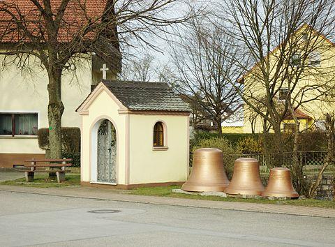 Mitteleschenbach Kapelle 3483.jpg