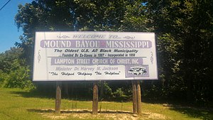 Mound Bayou, Mississippi - Image: Mound Bayou MS Welcome Sign