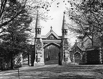 Mount Royal Cemetery - Mount Royal Cemetery Gate in 1895