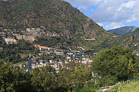 Mountains in Escaldes-Engordany. Andorra 173.jpg