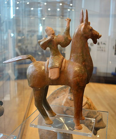 A Han Chinese glazed ceramic figurine of a mounted horse archer, 50 BC to 50 AD, late Western or early Eastern Han Dynasty Mounted archer, China, Han dynasty, c. 50 BC - 50 AD, glazed earthenware - Royal Ontario Museum - DSC04035.JPG
