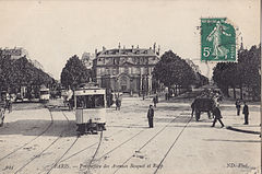 ND 944 - PARIS - Perspective des Avenues Bosquet et Rapp.jpg
