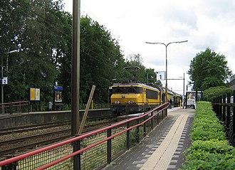 Bunnik railway station - Image: NS 1729; Station Bunnik