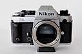 Nikon FA Gehaeuse Frontansicht 01 09.jpg