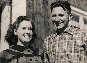 Nils Karlsson - Nils Karlsson with wife