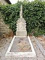 Nixéville (Nixéville-Blercourt, Meuse) tombe de guerre B.JPG