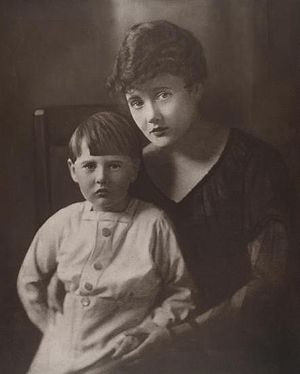 John Gorton - Gorton as a child and his mother Alice in 1915