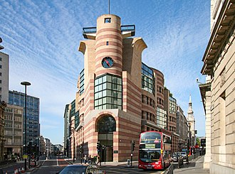 No 1 Poultry - No 1 Poultry, pictured from Mansion House Street