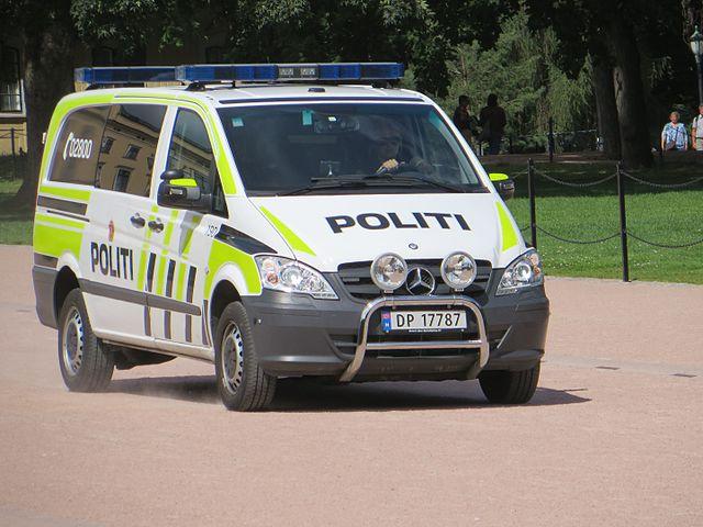 Полиция Осло помогла датскому таксисту, который привёз клиента из Дании и не получил оплаты
