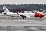 Norwegian (Sonja Henie livery), EI-FHE, Boeing 737-8Q8 (40640597491).jpg