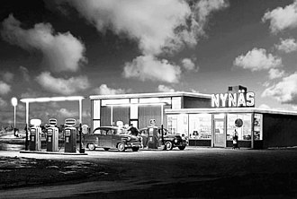 Nynas - Archive photo of a Nynas petrol station in Sweden during the 1950s.
