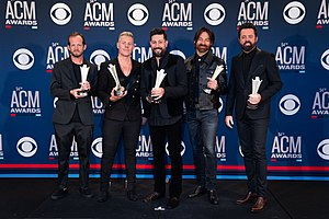 Old Dominion en los 54th Academy of Country Music Awards