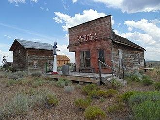 Fort Rock Valley Historical Homestead Museum - Image: Old Fort Rock Store, Oregon