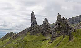 Old Man of Storr, Isle of Skye, Scotland - Diliff.jpg