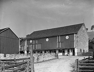 Hex sign - Barn with hex signs in Oley Township, Berks County, Pennsylvania in 1941