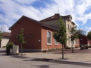 Péronnas - Town hall
