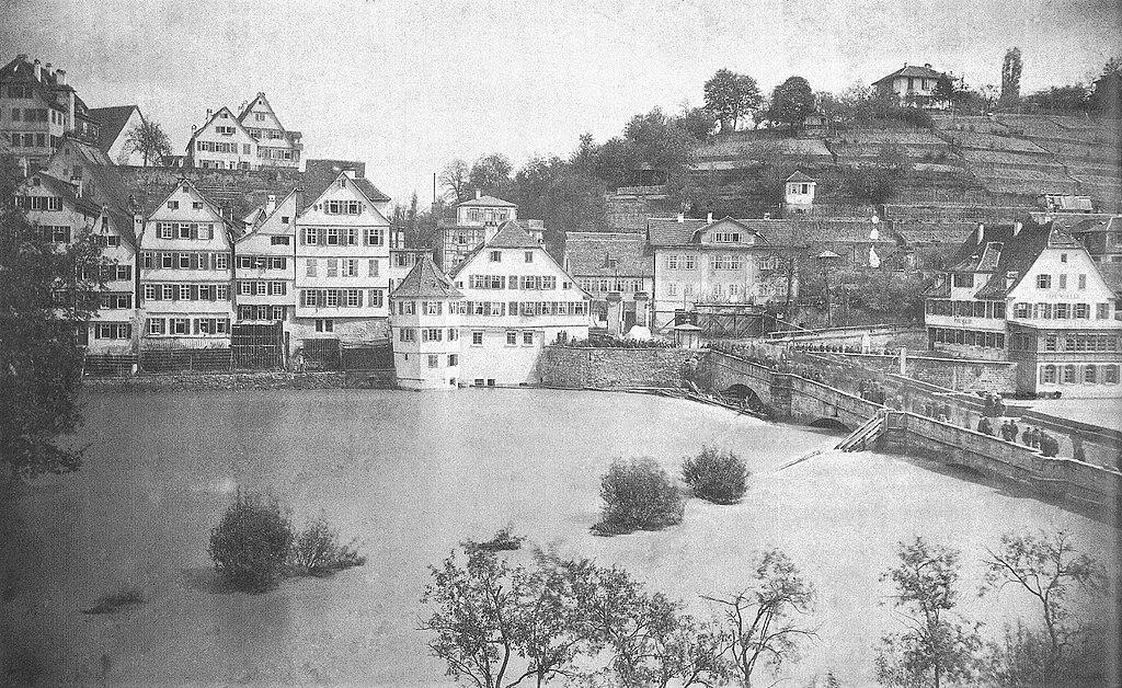 1024px-P_Sinner_-_Hochwasser_am_Neckar_bei_der_Eberhardsbr%C3%BCcke%2C_Mai_1872_%28TSiW064%29.jpg