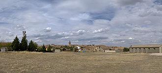 Armuña - Far view of Armuña