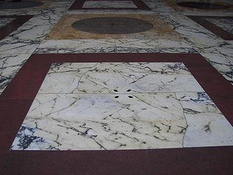 Pantheon floor drainage 2.jpg