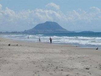 Papamoa - Image: Papamoa Beach 1