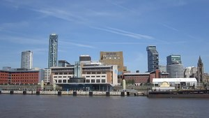 File:Passing Liverpool Cruise Terminal.ogv
