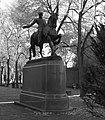 Paul Revere Statue - panoramio.jpg