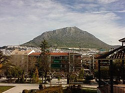 View of the rock of Martos from the Manuel Carrasco park.