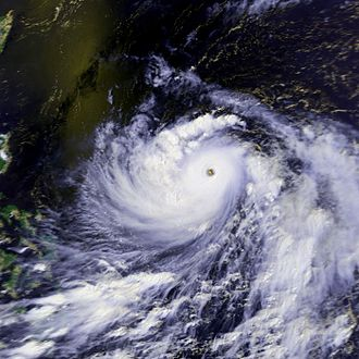 Typhoon Peggy - Image: Peggy 06 july 1986 0543Z