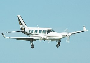 Piper PA-31 Navajo - Wikipedia