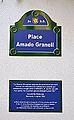 Plaça d'Amado Granell de l'Institut Francés de València, plaques.JPG