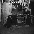 Plaats van Jezus geboorte in de grot onder de Geboortekerk in Bethlehem, Bestanddeelnr 255-5489.jpg