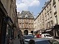 Place des Vosges (43720903651).jpg