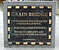 Plaque grain bridge.jpg